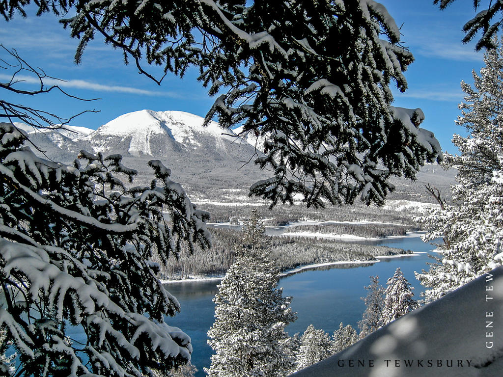 Lake Dillon in Snow