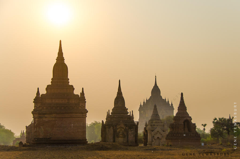 Sunrise over Pagodas